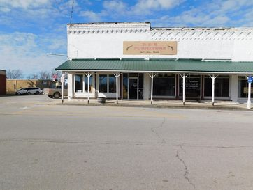 223 South Commercial Street Seymour, MO 65746 - Image 1