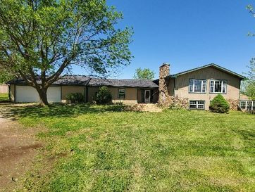 825 Chestnut Road Seymour, MO 65746 - Image 1