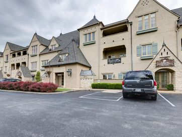 1531 East Bradford Parkway 300, 305, 320 ,330 &340 Springfield, MO 65804 - Image 1
