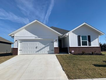 3864 North Spring Branch Avenue Springfield, MO 65803 - Image