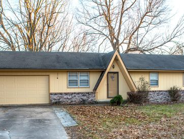 4136 West Magnolia Drive Battlefield, MO 65619 - Image 1