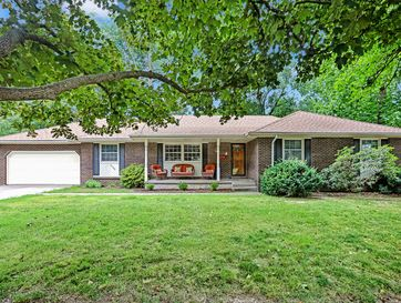 2725 South Luster Avenue Springfield, MO 65804 - Image 1