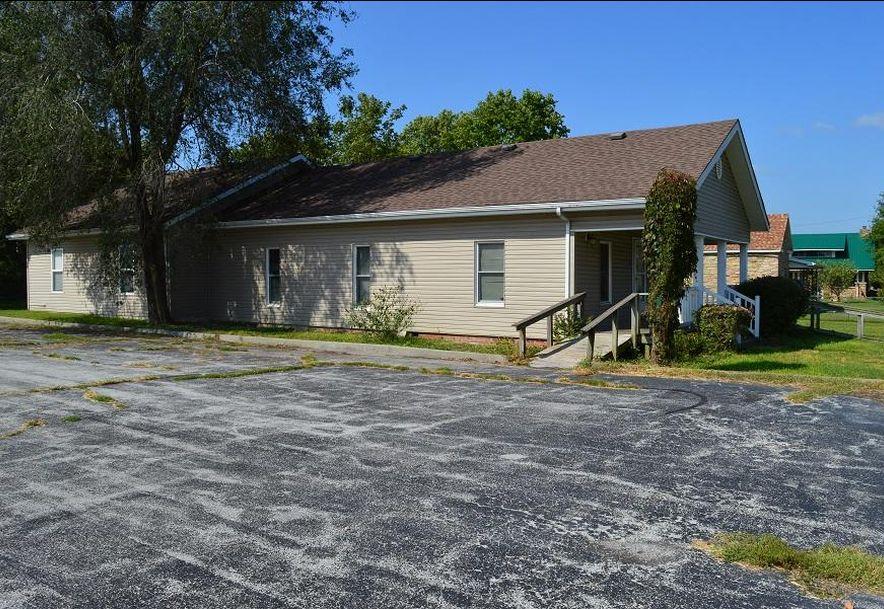 308 West Church Street Aurora, MO 65605 - Photo 8