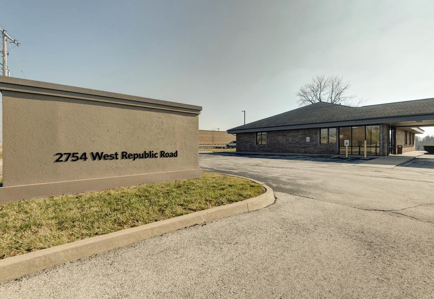2754 West Republic Road Springfield, MO 65807 - Photo 14