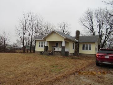 200 North Coleman Street Marionville, MO 65705 - Image 1