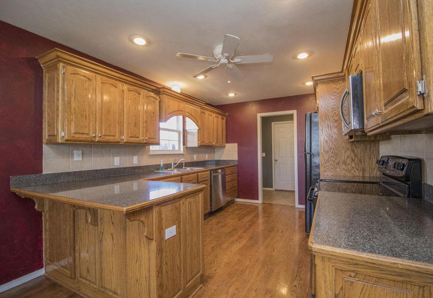 647 North White Rock Avenue Republic, MO 65738 - Photo 6