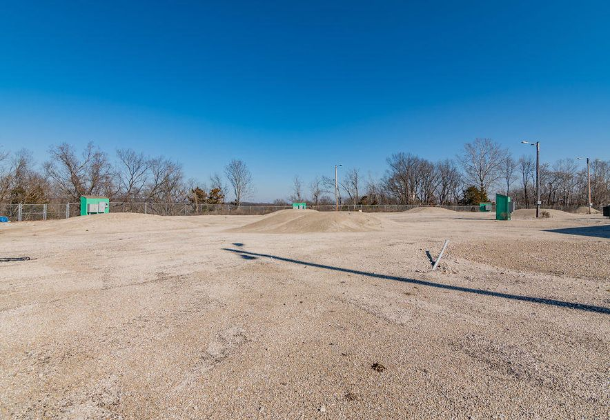 1157 West 76 Country Boulevard Branson, MO 65616 - Photo 6