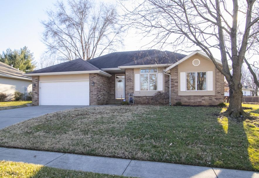 1370 West Vancouver Street Springfield, MO 65803 - Photo 2