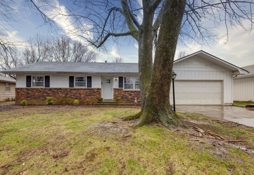 1134 East Greenwood Street Springfield, MO 65807 - Photo 2