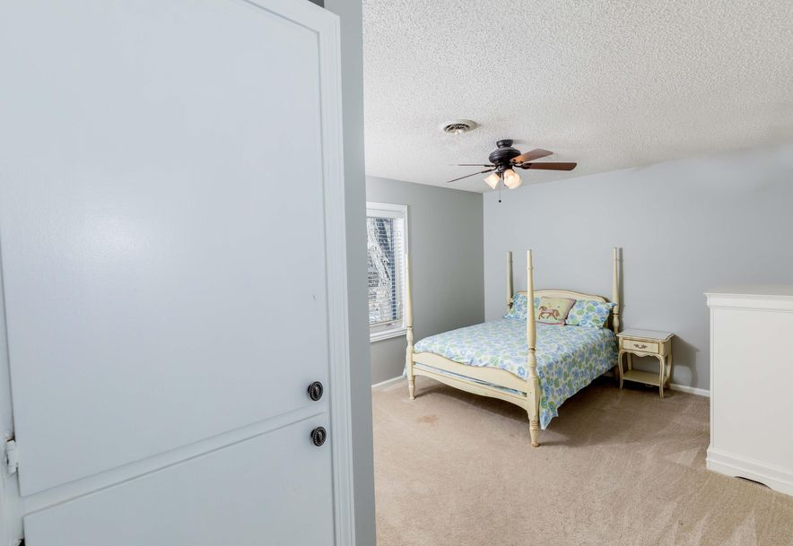 2448 South Brandon Avenue Springfield, MO 65809 - Photo 37