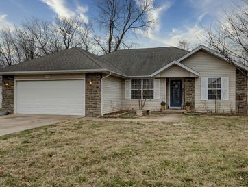 834 South Lester Road Springfield, MO 65802 - Image 1