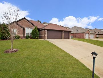 180 Stoney Pointe Drive Hollister, MO 65672 - Image 1