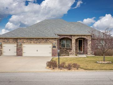 209 Stoney Pointe Drive Hollister, MO 65672 - Image 1