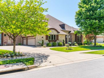 6046 South Parkhaven Lane Springfield, MO 65810 - Image 1