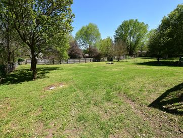 Photo of 4826 South Farm Road 141