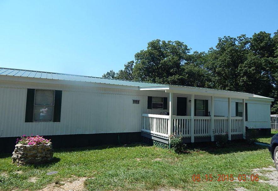 305 Cedar Phillipsburg, MO 65722 - Photo 1