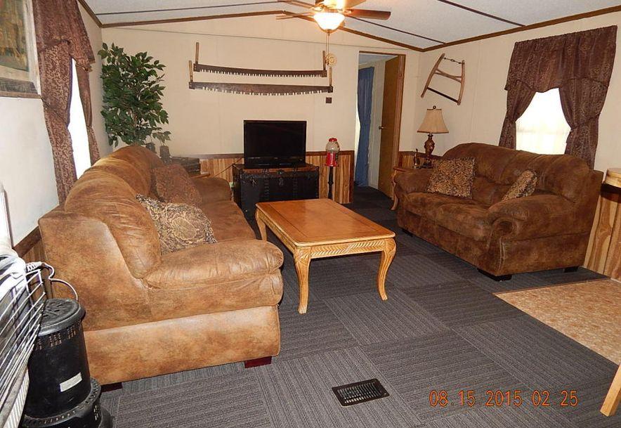 305 Cedar Phillipsburg, MO 65722 - Photo 2