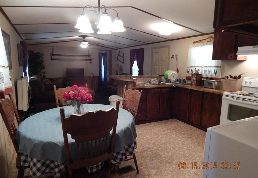 305 Cedar Phillipsburg, MO 65722 - Photo 4
