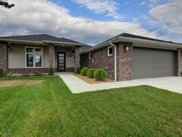 2390 East Swallow Street Springfield, MO 65804 - Image 1