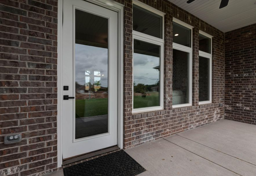2390 East Swallow Street Springfield, MO 65804 - Photo 31