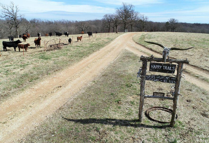 25200 Ranch Road Gentry, AR 72734 - Photo 11