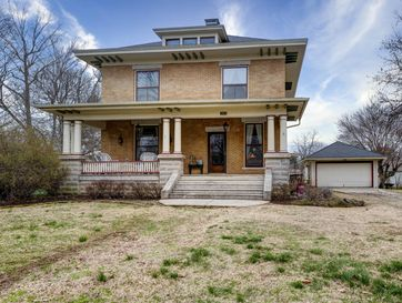 303 South Central Avenue Marionville, MO 65705 - Image 1