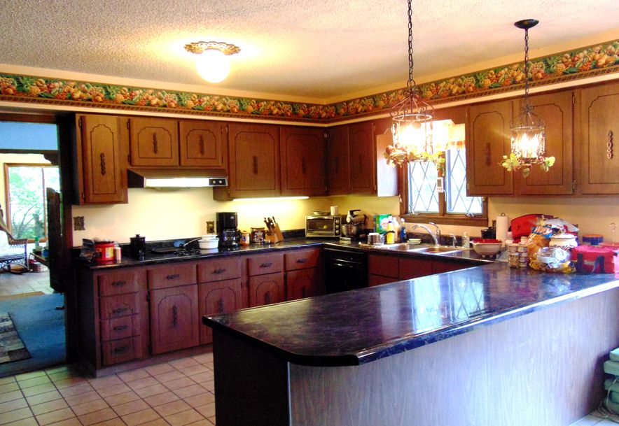 1001 Chinquapin Woods Cassville, MO 65625 - Photo 11