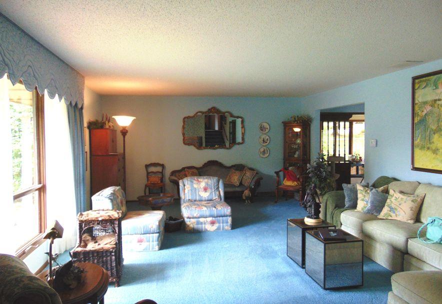 1001 Chinquapin Woods Cassville, MO 65625 - Photo 9