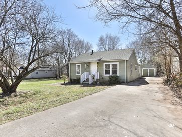 2822 West College Street Springfield, MO 65802 - Image 1