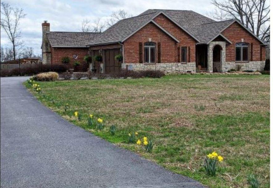 8 Mission Ridge Reeds Spring, MO 65737 - Photo 1