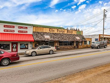 106 South Business Highway 65 Branson, MO 65616 - Image 1