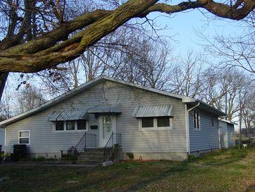 922 South Oak Avenue Aurora, MO 65605 - Image 1