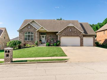 218 East Grace Street Republic, MO 65738 - Image 1