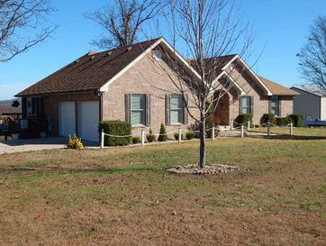 123 Sparkle Drive Thornfield, MO 65762 - Image 1