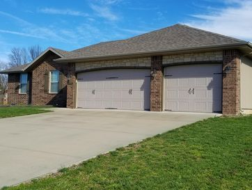190 Sparrow Lane Willard, MO 65781 - Image 1
