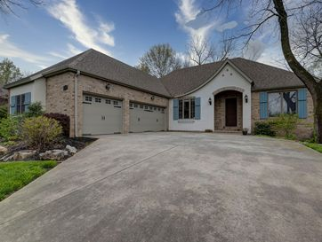 5372 South Woodfield Avenue Springfield, MO 65810 - Image 1