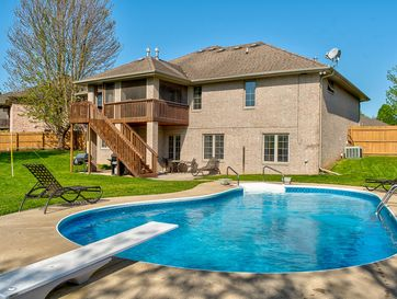 2418 South Driftwood Court Springfield, MO 65807 - Image 1