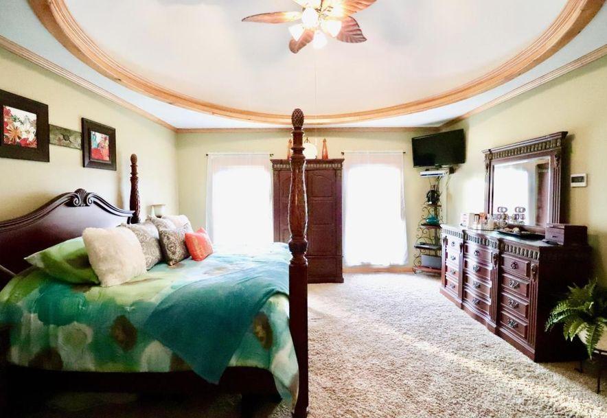 284 Green Oaks Drive Ozark, MO 65721 - Photo 35