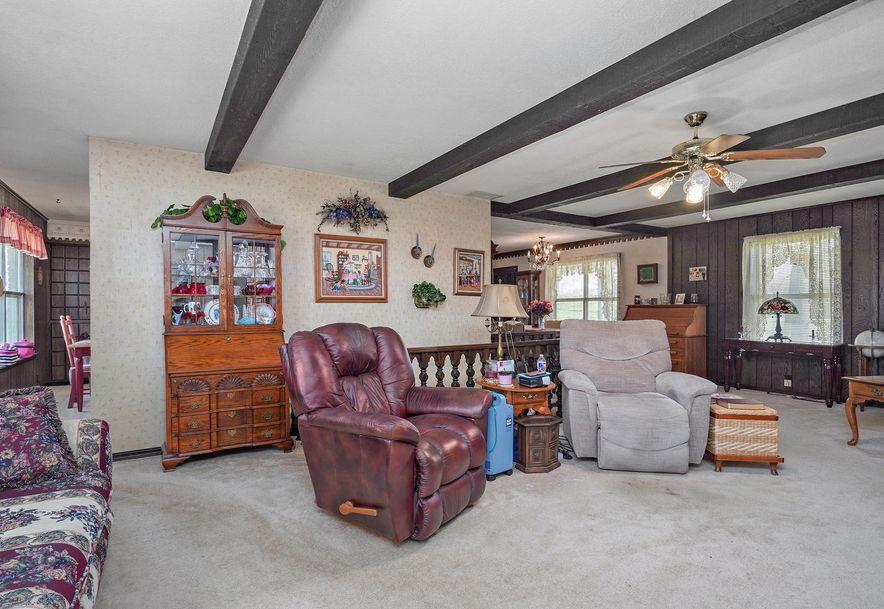 8747 Lawrence 1095 Mt Vernon, MO 65712 - Photo 38