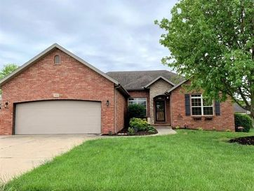 3026 East Colonial Court Republic, MO 65738 - Image 1