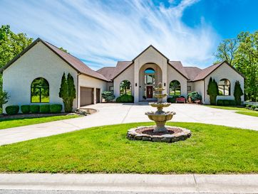 110 Shinnecock Hills Drive Branson, MO 65616 - Image 1