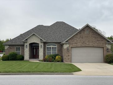 Photo of 5608 North Vintage Drive
