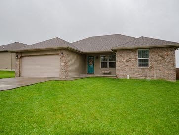 214 Dixie Avenue Clever, MO 65631 - Image 1