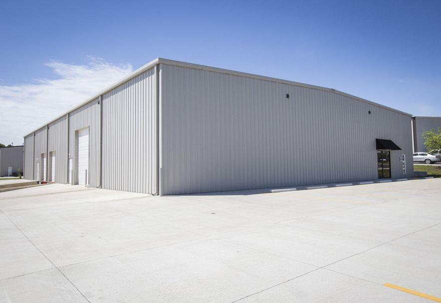 1015 Red Hawk Court Nixa, MO 65714 - Photo 3