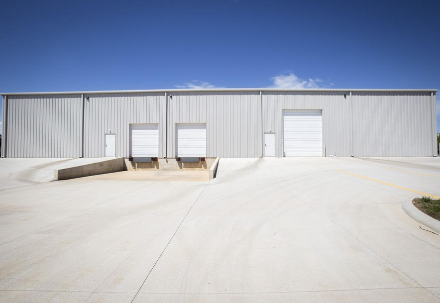 1015 Red Hawk Court Nixa, MO 65714 - Photo 4