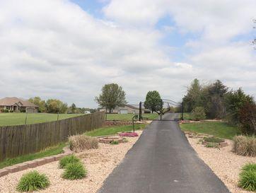 5207 North Oak Creek Lane Strafford, MO 65757 - Image 1