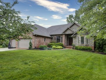 2116 South Cross Timbers Court Springfield, MO 65809 - Image 1