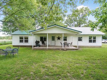 697 Farm Road 1210 Aurora, MO 65605 - Image 1
