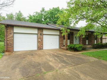 2108 Lambe Avenue West Plains, MO 65775 - Image 1