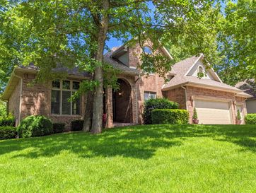 130 Honeysuckle Court Forsyth, MO 65653 - Image 1
